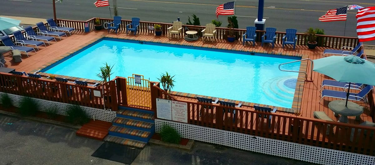 Newly Painted Pool Deck 2015-web